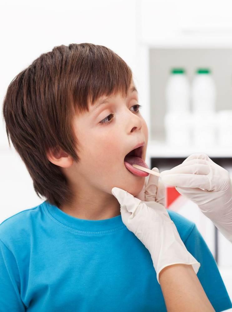 Фарингит: симптомы и лечение у детей